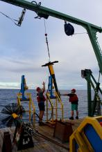 Deploying the VMP2000 on the R/V Walton Smith (MerMEED 2016)